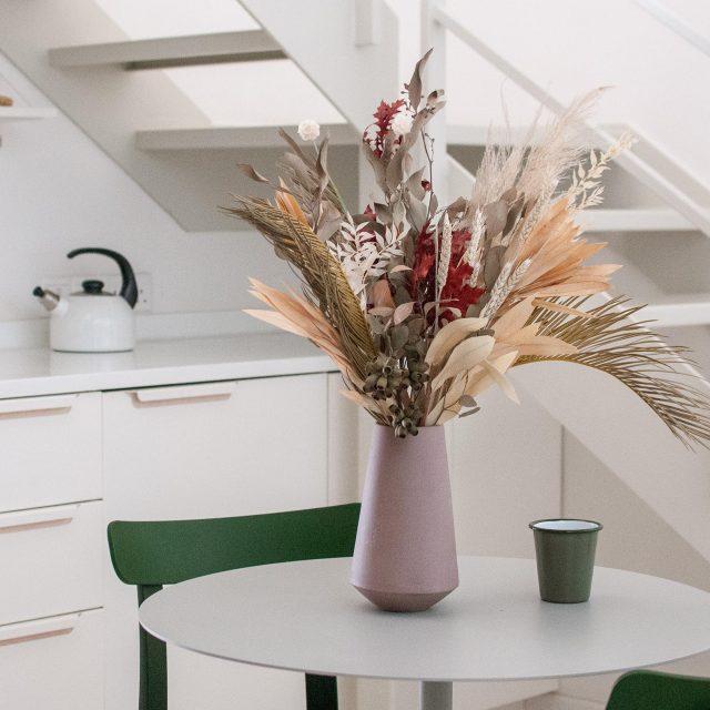 Dining_MutedNeutrals_Home1